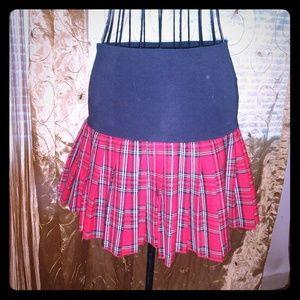 Plaid skirt Small
